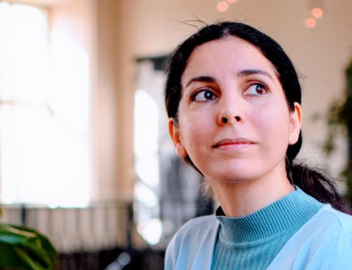 Engagierte Newcomerin Rasha übersetzt Kinofilm