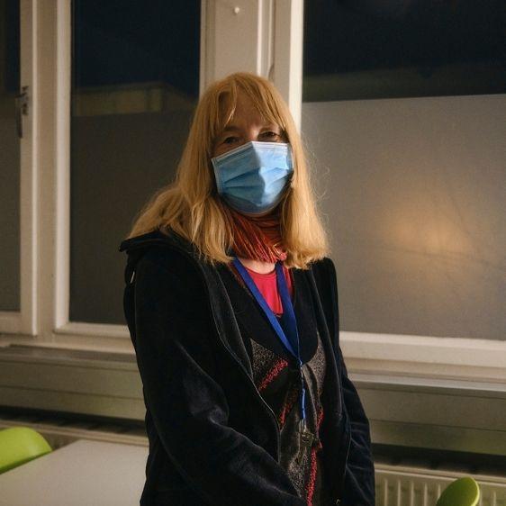 Volunteers of Berlin: Birgit arbeitet in der Notübernachtung für Menschen ohne Obdach vom Strassenfeger e.V..