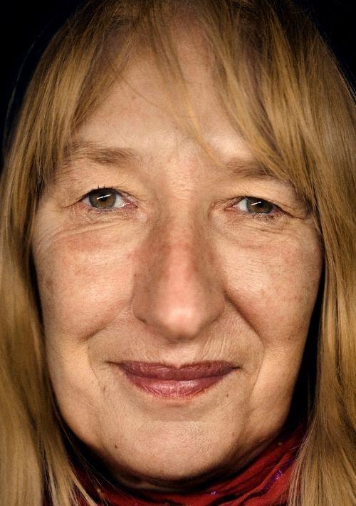 Birgit arbeitet in der Notübernachtung für Menschen ohne Obdach vom Strassenfeger e.V..