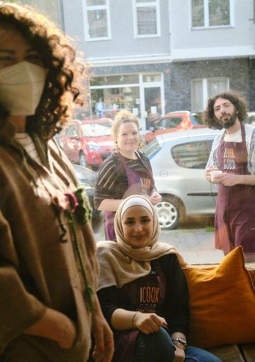 Engagierte Newcomerin Ghuna gibt virtuelle Arabischkurse