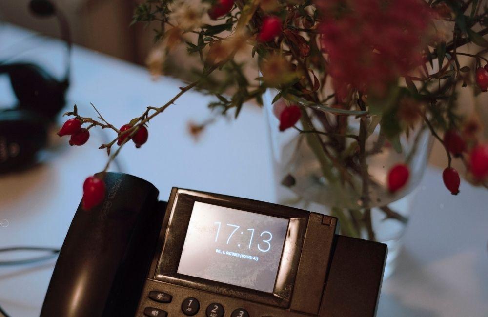 Lisa engagiert sich in der Telefonseelsorge